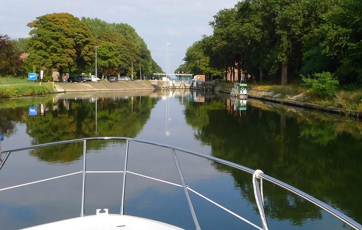 Kanalfahrt Belgien