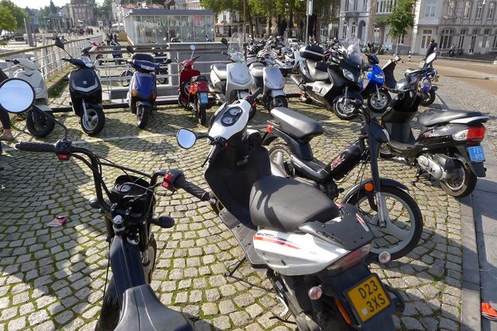Maastricht Mopeds