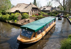 Friesland-Bootsurlaub Etappe 4: Giethoorn