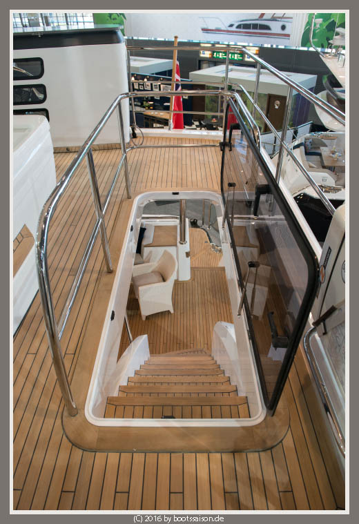 princess yachts Fly Treppe