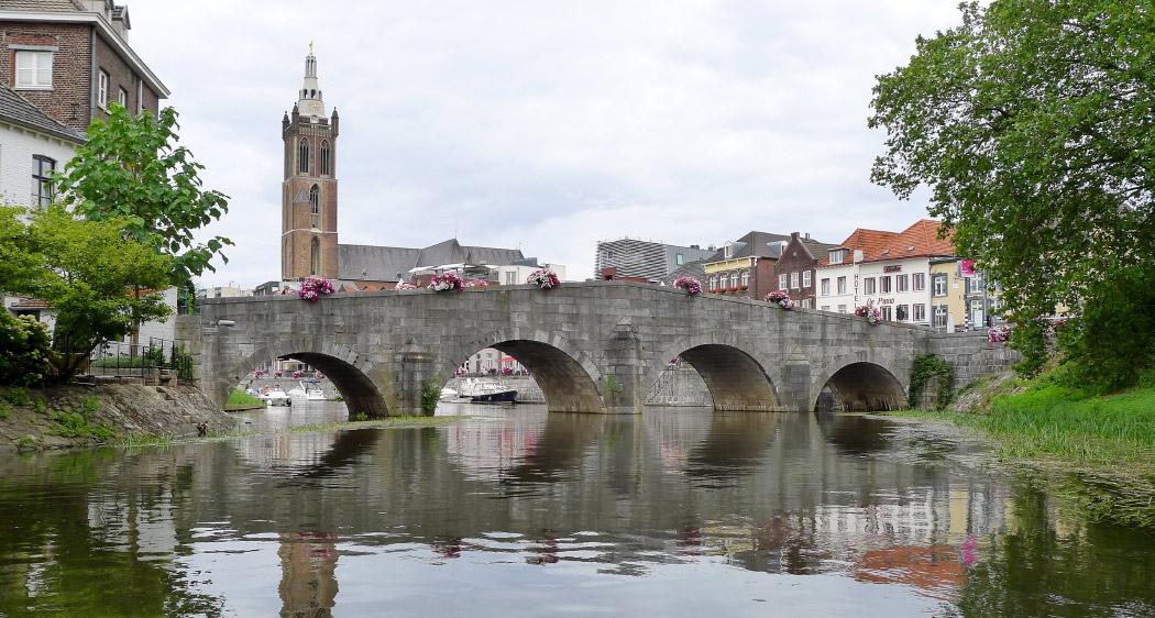 Steinbrücke Roermond
