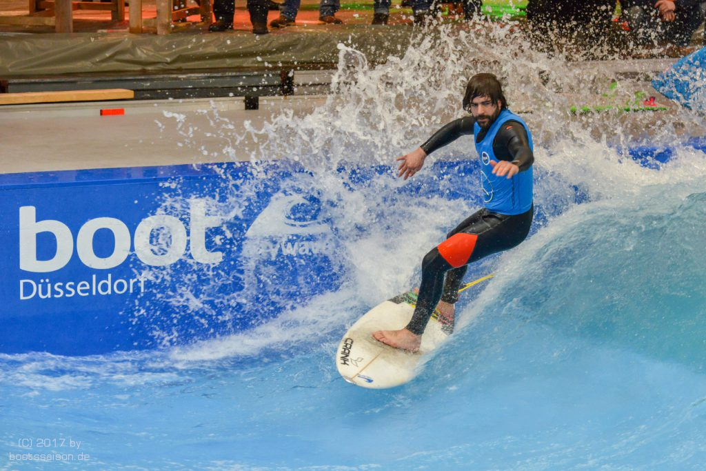 Surfen auf THE WAVE