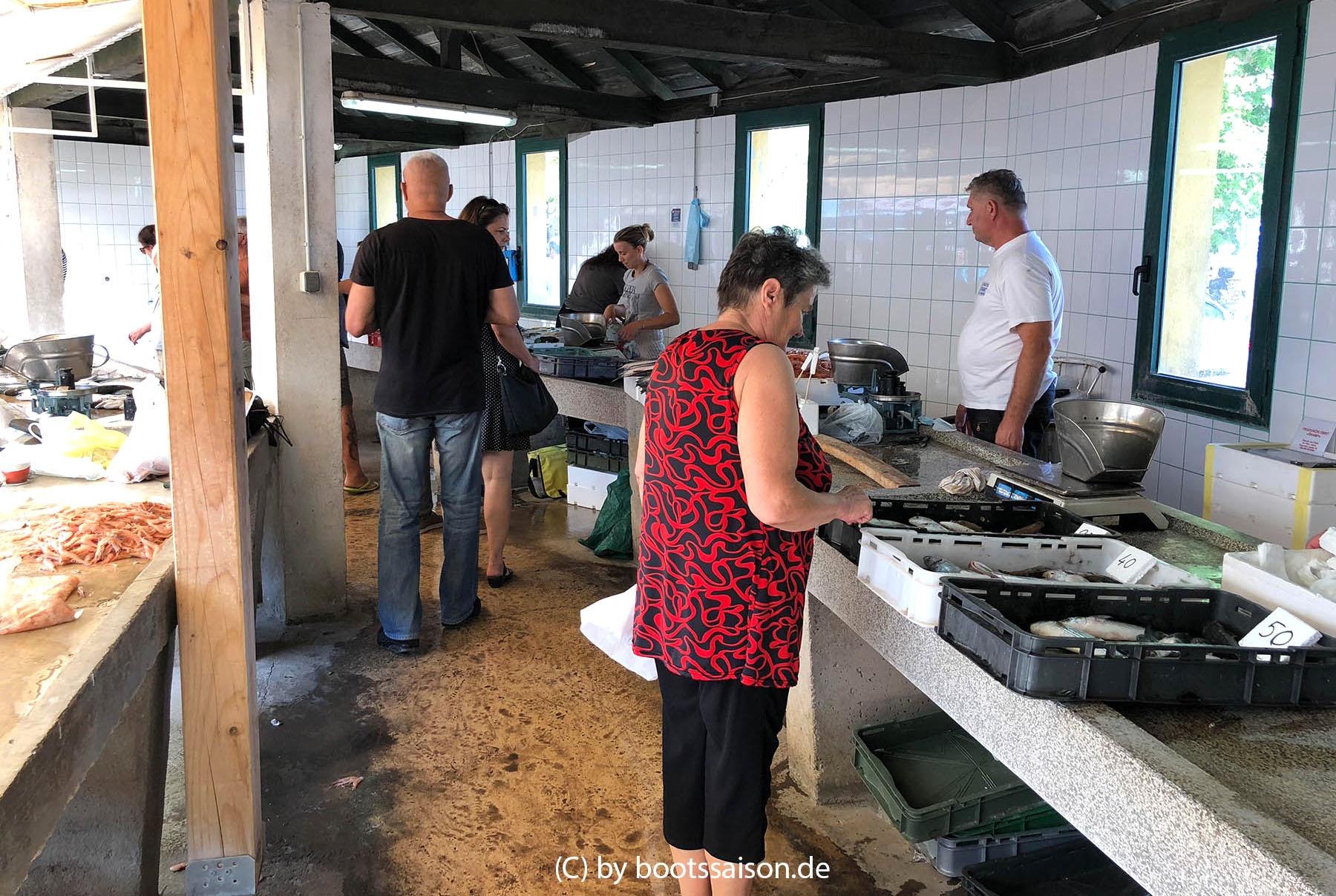 Markt in Biograd